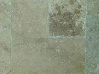 Gumbo Travertine Chiseled Versi